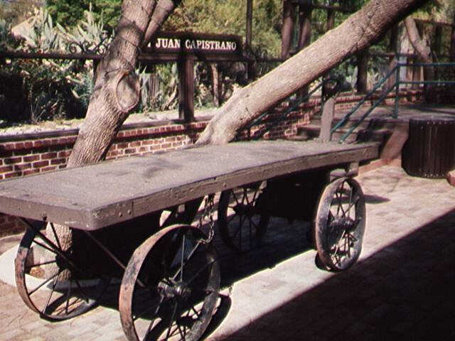 ANTIQUE WOOD  IRON RAILROAD LUGGAGE CART / WAGON : LOT 115